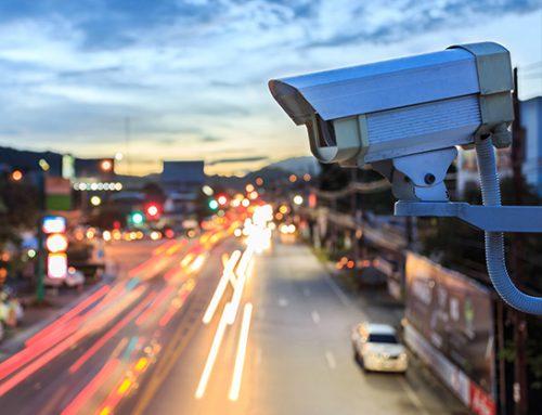 Scatta l'operazione sicurezza con telecamere e illuminazione
